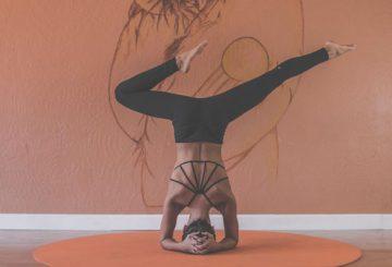 yoga-inversion